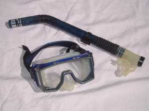 pictures of scuba gear - mask and snorkel
