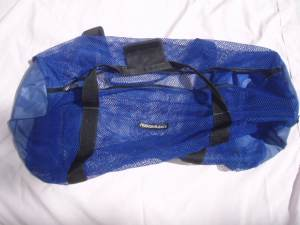 pictures of scuba gear - mesh dive bags