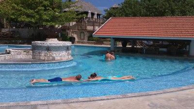 Beach club swim-up bar, Sandals Grande Riviera, Jamaica