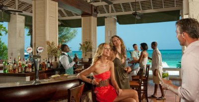 Sandals Montego Bay Jamaica main bar