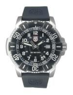 Scuba diving watch with bezel.