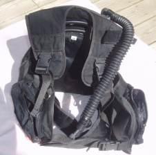 pictures of scuba gear - buoyancy compensator
